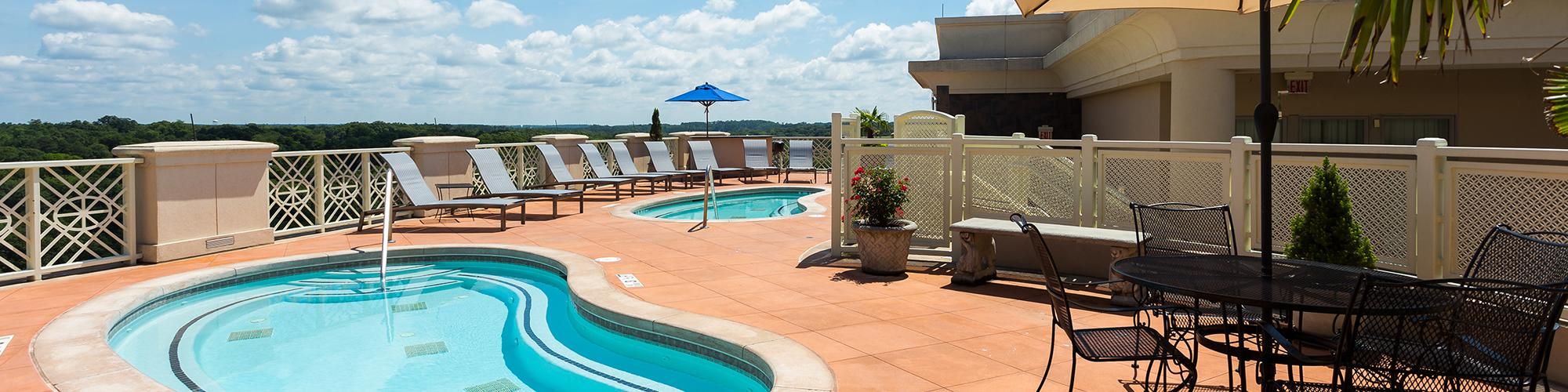 roof_pool